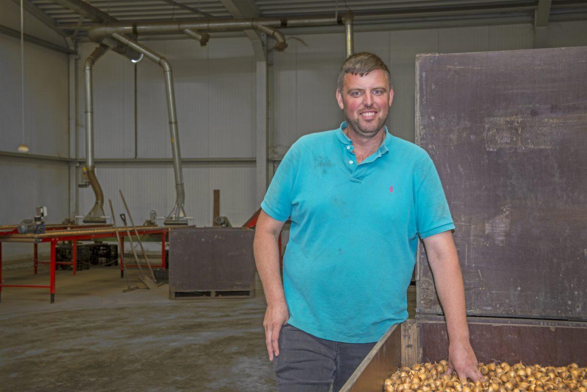 Koopman & Co in gesprek met Jan Vink van bloembollenkwekerij Q.J. Vink en Zonen, Sint Maartensvlotbrug